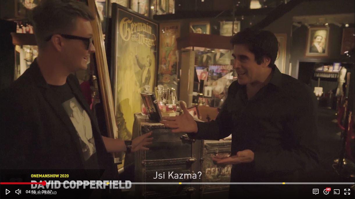 Video: Kazma to vo One Man Show opäť všetkým natrel. V novom videu napálil Copperfielda a zadarmo precestoval svet