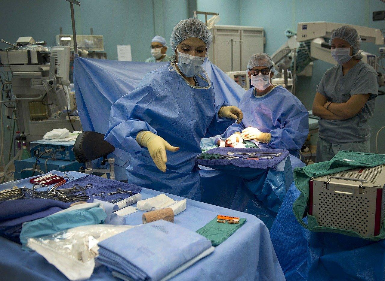 Chlapcovi v Taliansku transplantovali srdce po roku a pol v nemocnici