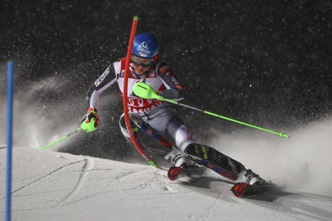 Vlhová je po 1. kole nočného slalomu v Flachau na treťom mieste