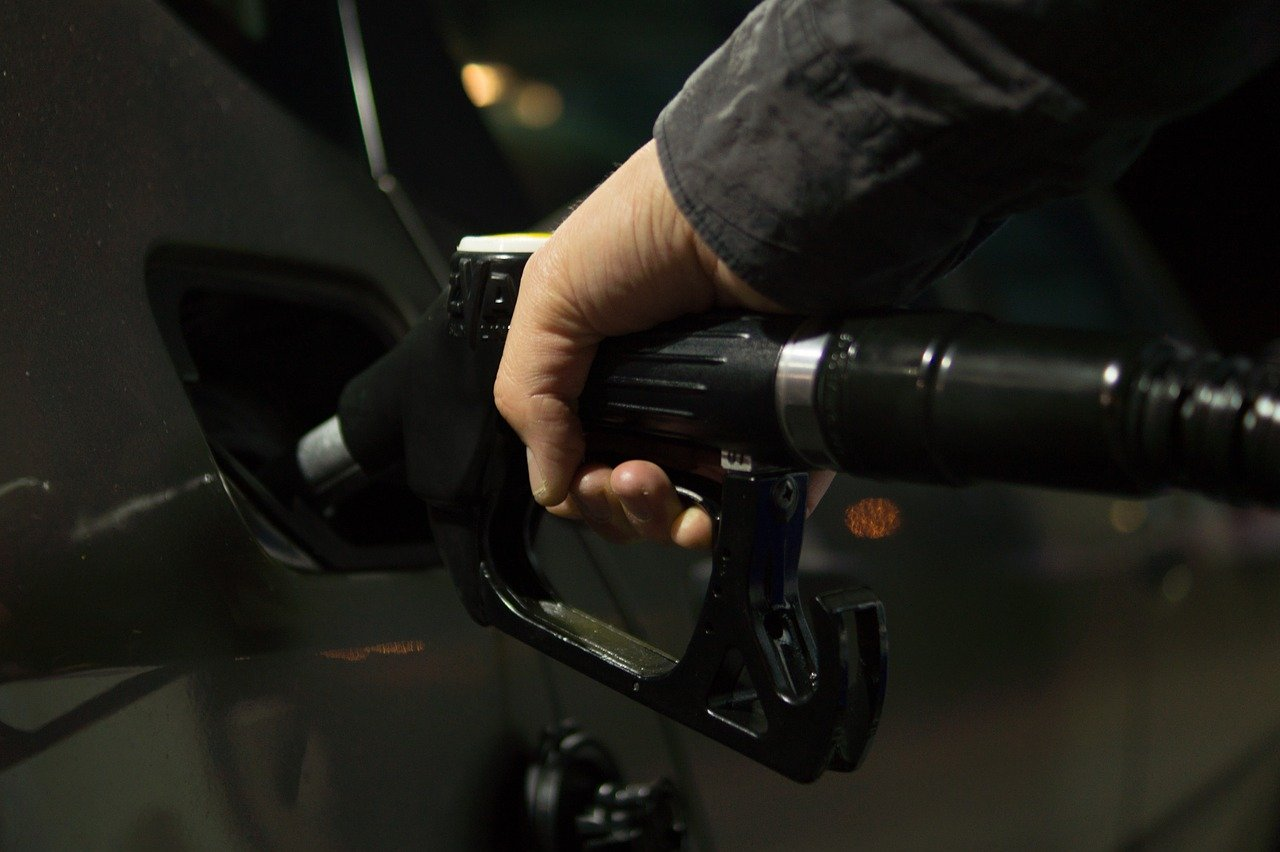 Slovenské čerpačky výrazne zvyšujú ceny, zdražovanie benzínov by malo pokračovať
