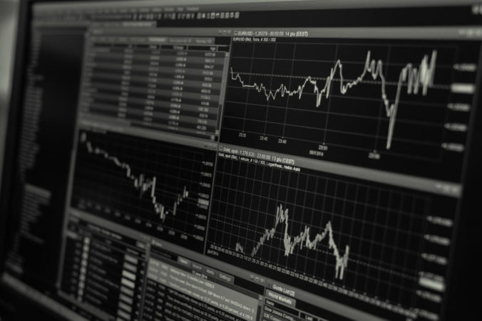 Americký akciový trh v piatok klesol