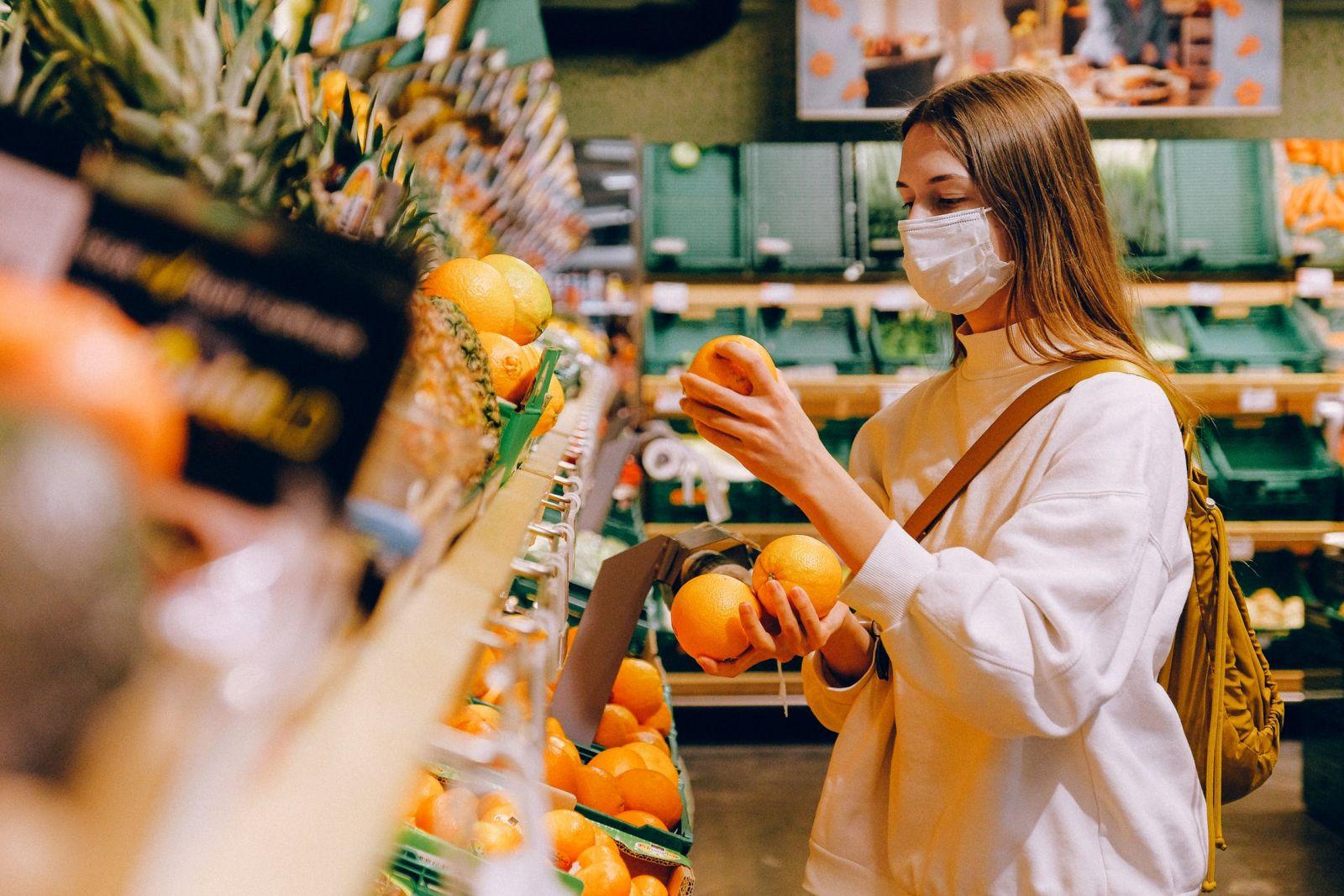 Za veľkonočný nákup zaplatíme tento rok viac ako vlani, zdraželi aj vajcia a bravčové mäso
