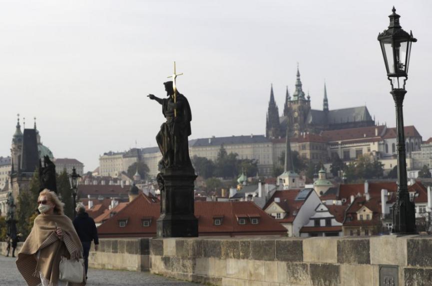 V Česku pribudlo vo štvrtok 14.151 prípadov nákazy koronavírusom