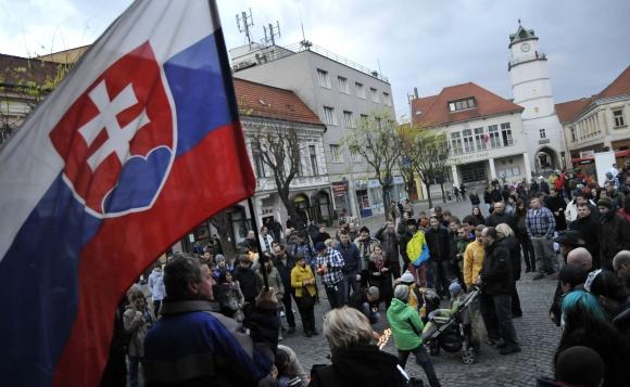 "Protest ""17. november - berieme si späť svoju krajinu"" v Trenčine"
