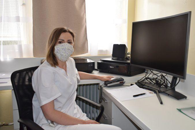 Radí psychologička Mária Ďurčíková: 10 užitočných tipov pre lepšie zvládnutie pandémie koronavírusu