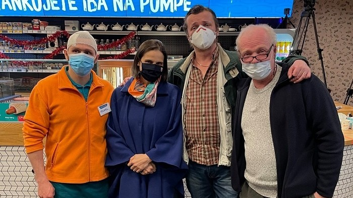 Video: Posledný diel satirickej relácie RTVS Pumpa o smrti Lučanského s ministerkou Kolíkovou vyvolal emotívne reakcie