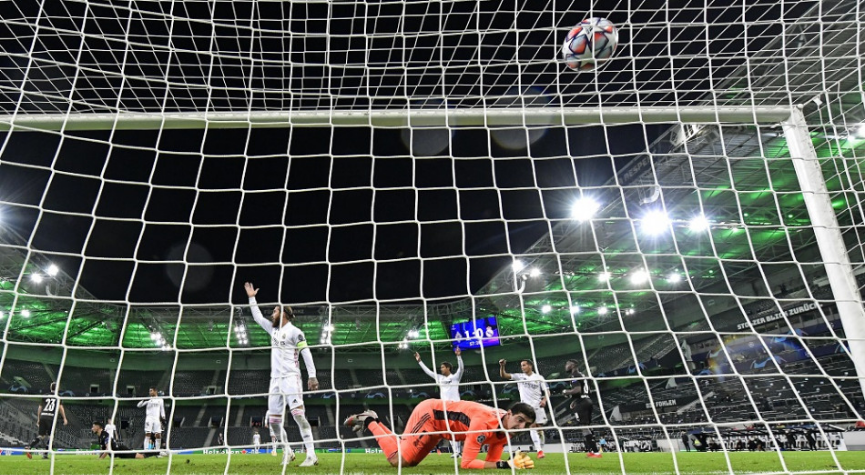 LIGA MAJSTROV: Real Madrid ratoval v závere remízu v Mönchengladbachu