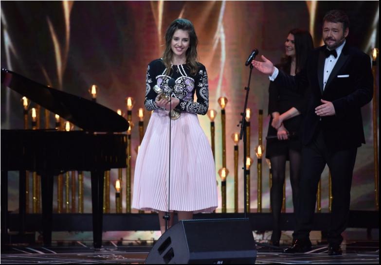 VIDEO: Sima Martausová pod novým priezviskom vydáva skladbu Slovo chlapa