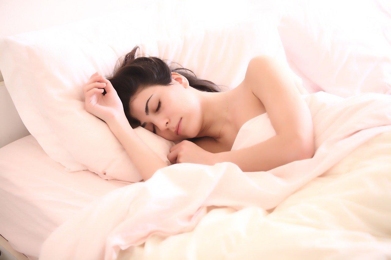 Nespite príliš dlho. Ranné vstávanie má pozitívny vplyv na viaceré oblasti života