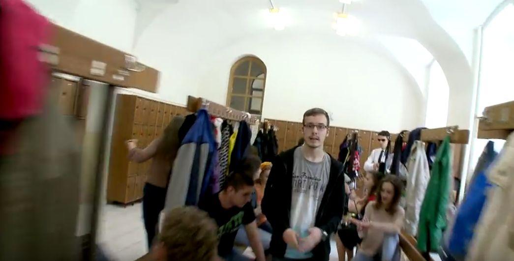 Video: Študenti z Nitry natočili fantastické video na jeden záber