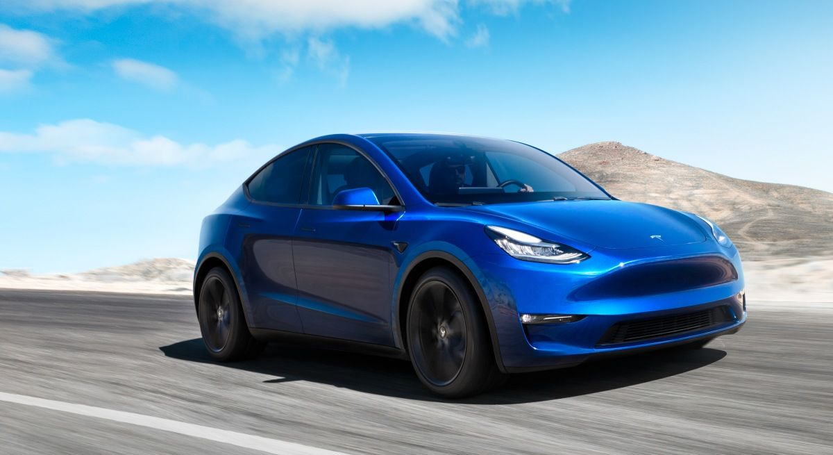 Video: Tesla predstavila nové SUV - Model Y