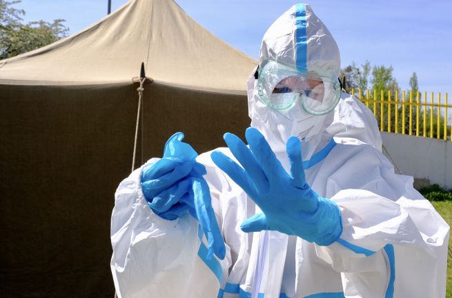 Koronavírus: PCR testy na Slovensku potvrdil ďalších 2705 nakazených, počet hospitalizovaných sa znížil