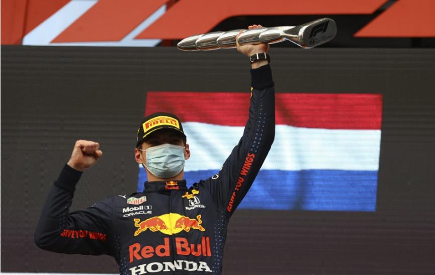 F1: Verstappen po triumfe v Imole: Mal som výborný štart