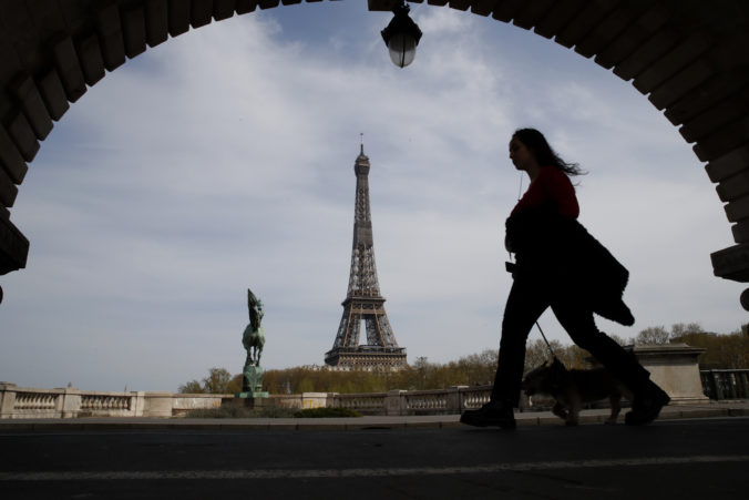 Francúzsko: Paríž stopol bežecké aktivity počas dňa, obyvatelia zneužívali šport ako zámienku