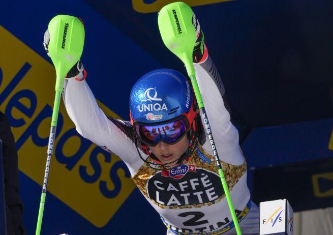 Vlhová má na MS v zjazdovom lyžovaní šancu na zlato, v prvom kole slalomu bola o sekundu rýchlejšia ako Shiffrinová
