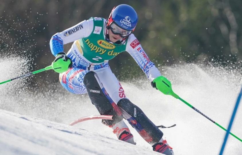 Vlhová v slalome skončí na pódiu, zašla fantastické druhé kolo
