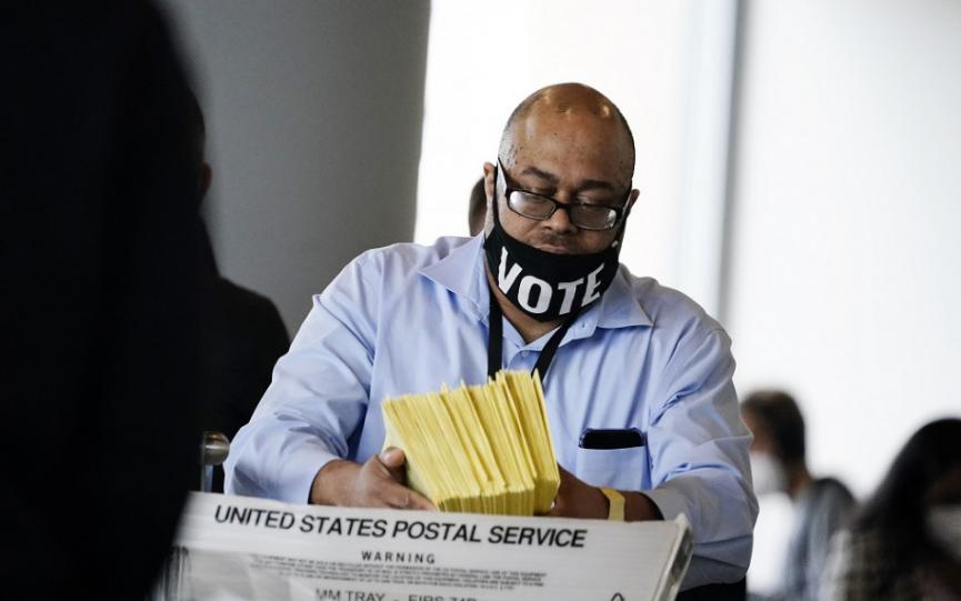 Generálny prokurátor USA vydal pokyn preveriť podozrenia z podvodov počas prezidentských volieb.