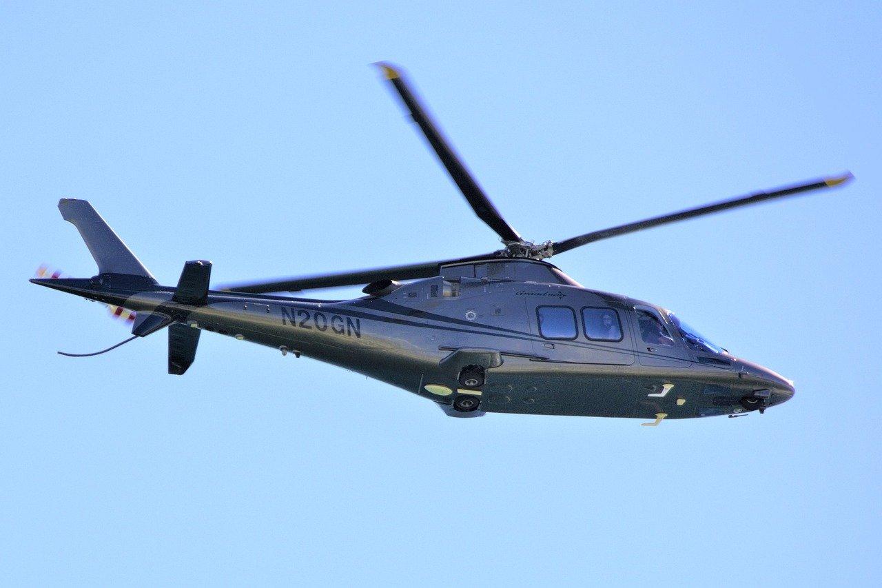 Stoštyriročná starenka sa rozhodla navštíviť svoju rodinu a prenajala si vrtuľník