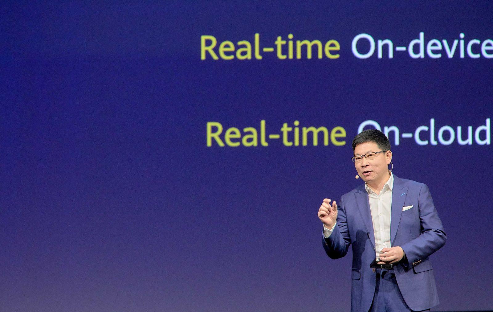 Huawei prichádza s ponukou pre developerov a najvýkonnejším počítačom pre tréning umelej inteligencie