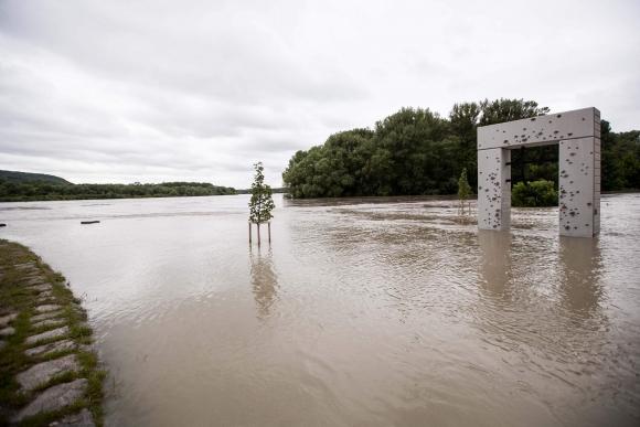 Záplavy pod Devínom