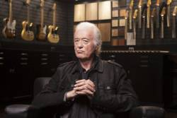 jimmy_page_portrait_session_06411 570d2ef3509f457aa1009b86b6393ee0 676x454