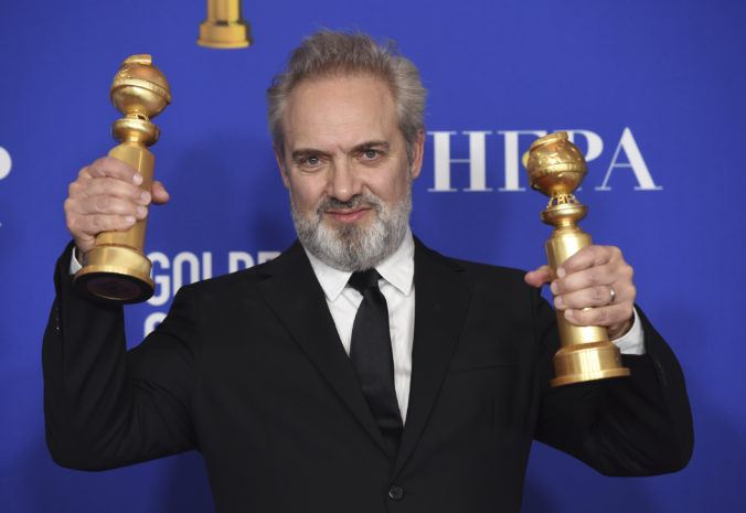 77th_annual_golden_globe_awards_ _press_room_92906 400d680765ab4f3388039ecb6200332b 676x465