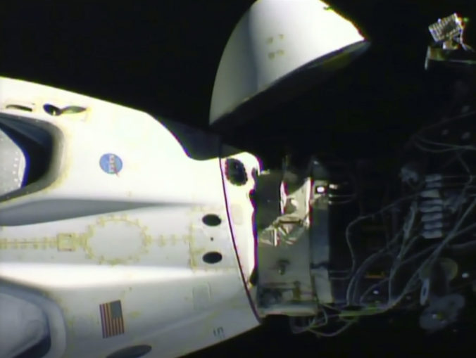 spacex_astronauts_return_78927 cd3472236d1546eea2717178b41b2ee4 676x509