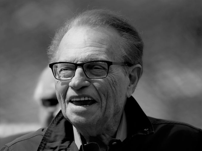 obit_larry_king_88851 739d07e291c84c8fb0a57b2644c0b2e7 1 676x505